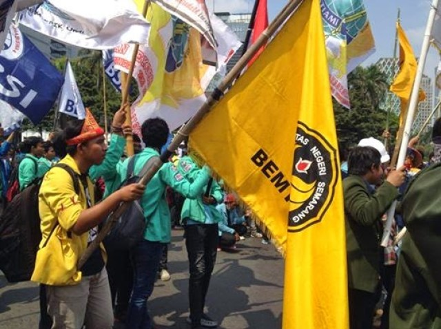 Aksi demonstrasi mahasiswa