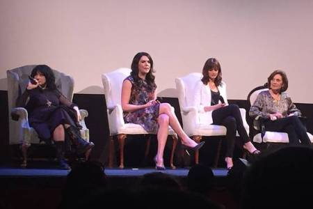 Reuni serial Gilmore Girls di ATX Festival 2015. (Thank you, Google Image!)