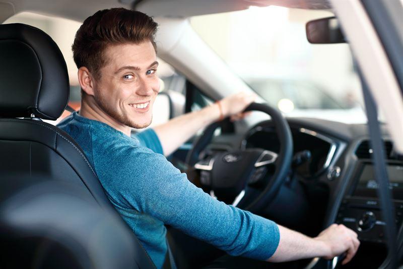 nauka jazdy samochodem