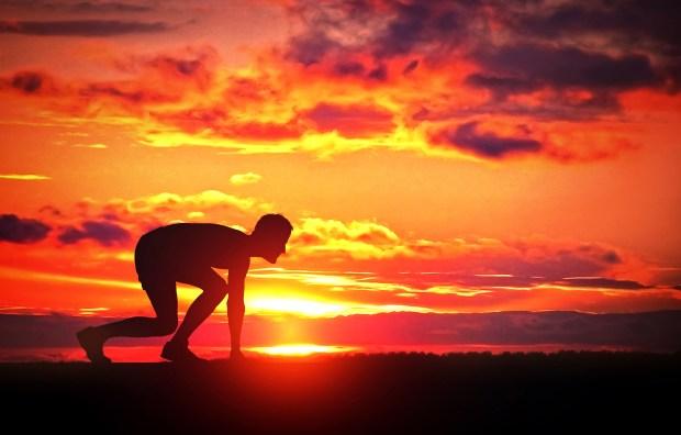 Corredor ao Nascer do Sol - Desafio Pessoal