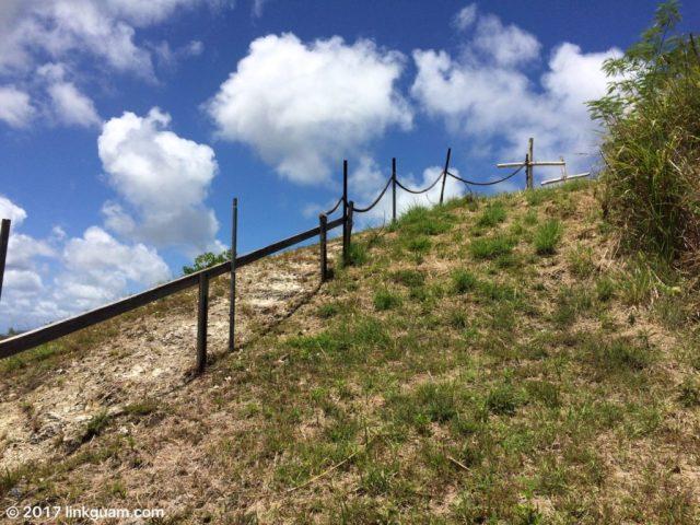 グアム 観光 穴場 山