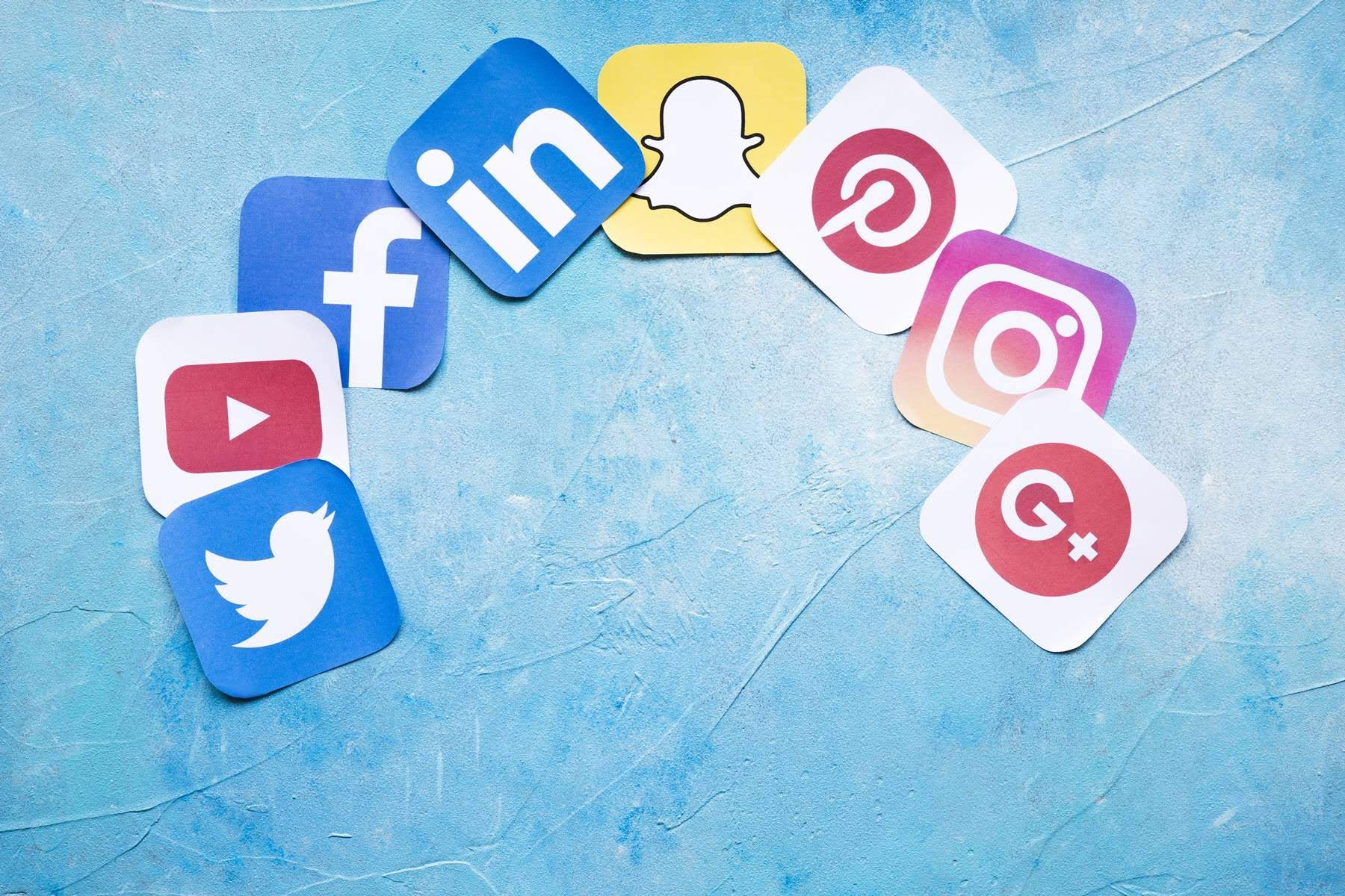 10 Social Media Tools For Managers