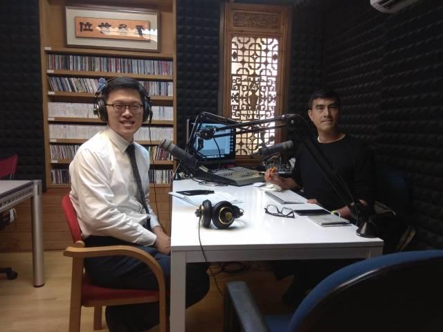 狐臭手術何文藻電台專訪