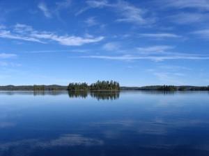 Northern Light Lake Minnesota_bluesky