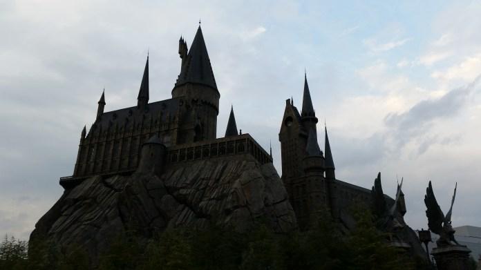 Poudlard / Hogwarts (un peu sombre mais complet, photos plus lumineuses ci-dessous)