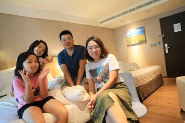 【親子遊】礁溪~兆品酒店積木遊戲區好好玩(9Y&5Y)