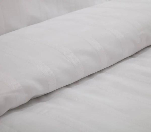 dekbedovertrekken-white-stripe
