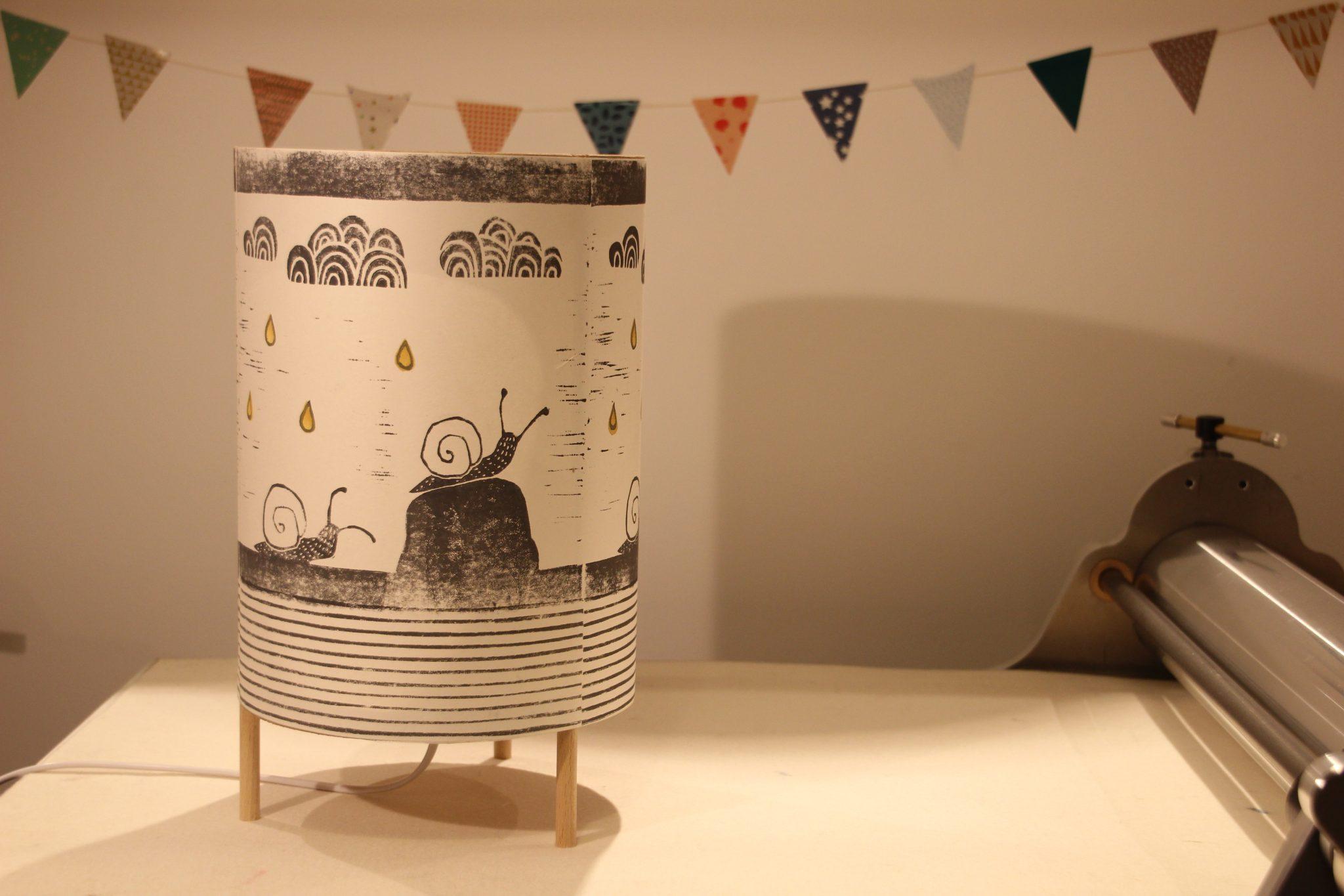 LinoLino - Linogravure et créations | Lampe escargots