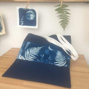 LinoLino | Linogravure et créations à partir d'impressions artisanales | Chambéry, France | Sac cyanotype sur tissu Fougère