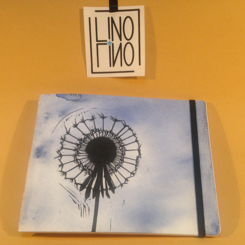 LinoLino | Linogravure et créations à partir d'impressions artisanales | Chambéry, France | Carnets linogravure reliure cousue Pissenlit fond bleu