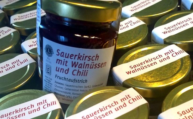 Wir haben gekocht: Sauerkirsch-Chili mit Walnuss
