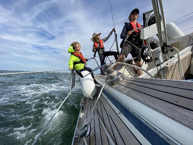 Lions Eulenspiegel - Familie Konsek auf hoher See. Meer erleben.