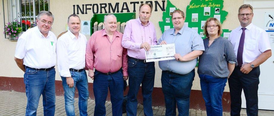 Lions Club Greiz übergibt Spende an den Förderverein Waldhaus