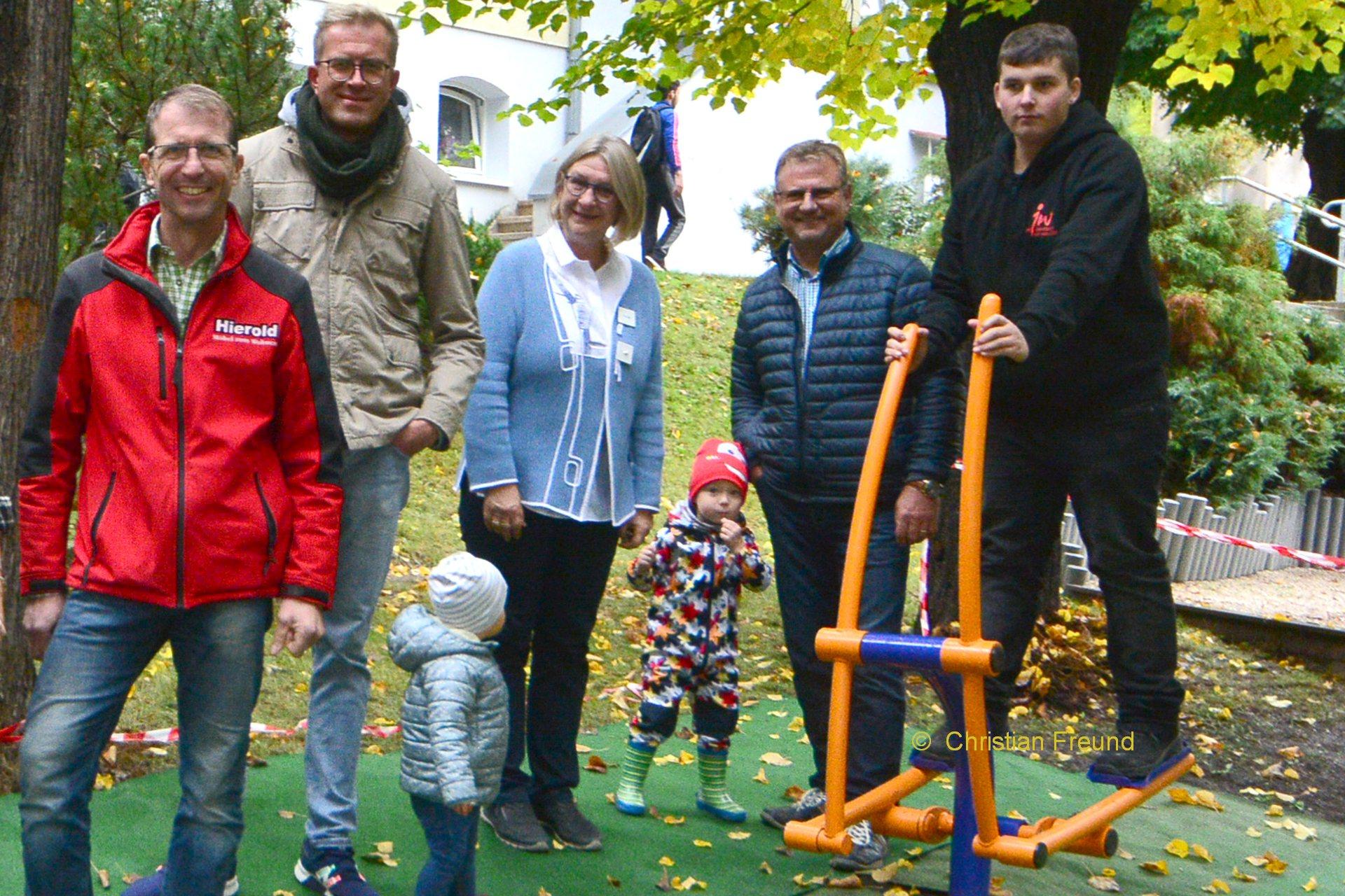 Greizer Lions Club spendete 1.111,00 Euro für Outdoor Fitnessgeräte