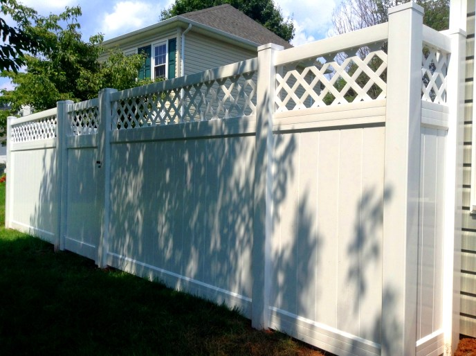 Vinyl Privacy w Lattice Manassas Fairfax County va