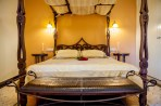 Bronze -Suite 7-LUXURY BED-PELION