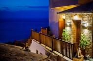 LIONS NINE -LOBBY ENTRANCE-PELION HOTEL