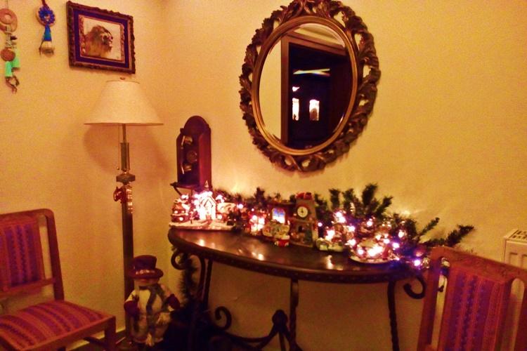 Christmas-in- lobby -Pelion hotel