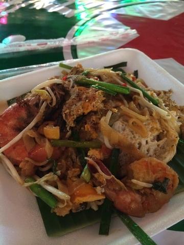 fried thai noodles