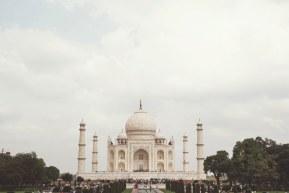 Taj Mahal – ingropand vise in marmura