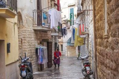 Bari by day-93_1200x800