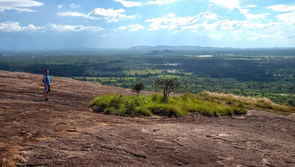 Sigiriya Pidurangala rock temple Sri Lanka-51_1024x578