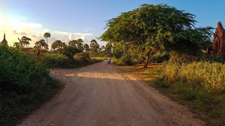 apusul-în-Bagan-297_1280x720