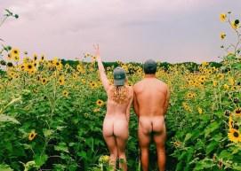 Trend de vacanță – poze în fundul gol