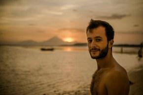 Nomazii zilelor noastre, interviu cu Nicolae Bogdan