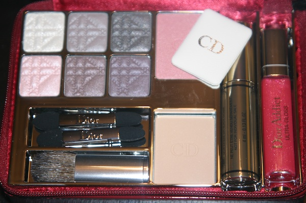 Inside 2010 Dior Cannage Holiday Makeup Palette