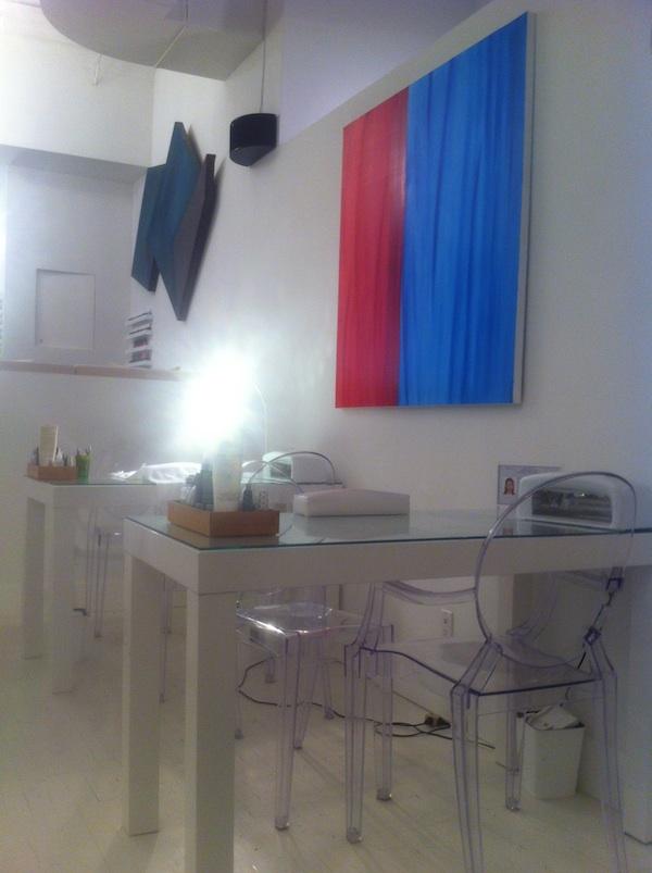Asanda Aveda Spa Lounge manicure station