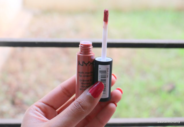 NYX Soft Matte Lip Creams - Zurich and Abu Dhabi | Review and Swatches
