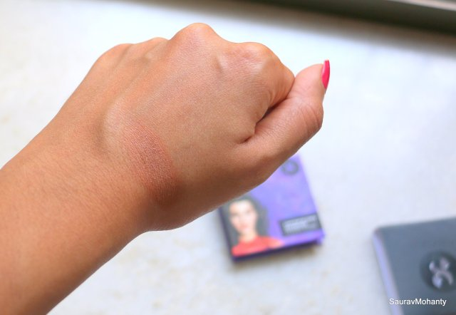 Sugar Contour de Force Bronzer - Woody Wonder | Review and Swatches