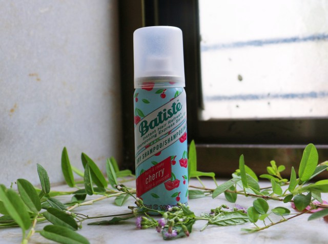 Batiste Dry Shampoo Instant Hair Refresh, Fruity and Cheeky Cherry | Review