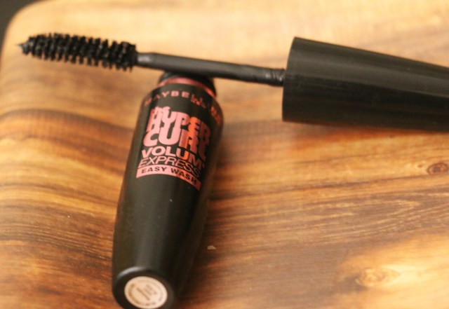 Maybelline New York Hyper Curl Mascara | Review