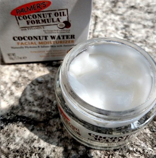 Palmer's Coconut Water Moisturizer and Coconut Sugar Facial Scrub | Review