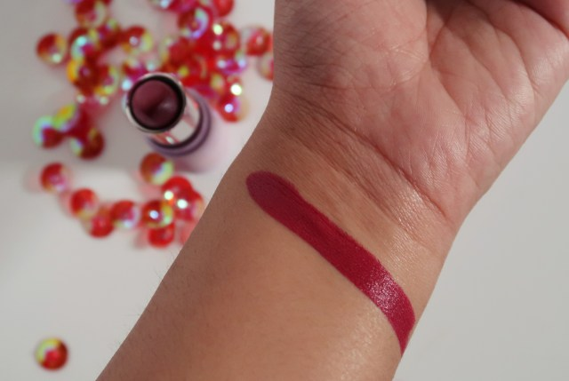 MyGlamm K.Play Flavoured Lipstick | Review