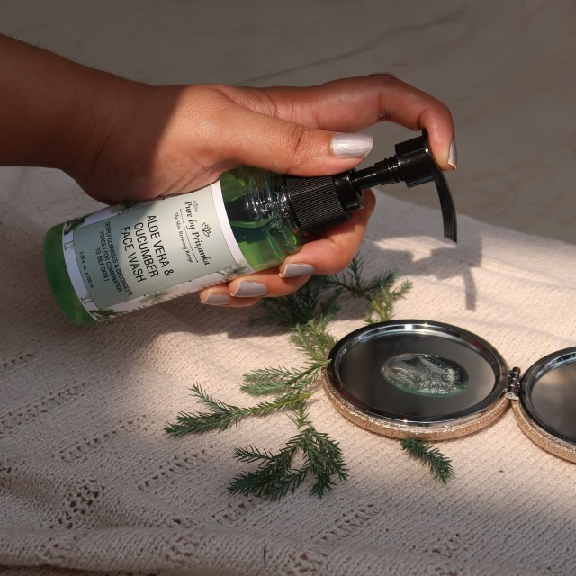 Pure By Priyanka Aloe Vera and Cucumber Face Wash