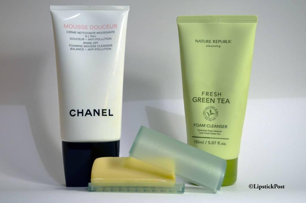 La Mousse Douceur di Chanel, il Facial Soap with Dish di Clinique e il Fresh Green Tea Foam Cleanser della Nature Republic