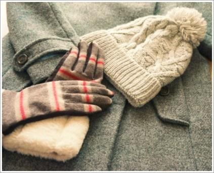冬、手袋、マフラー
