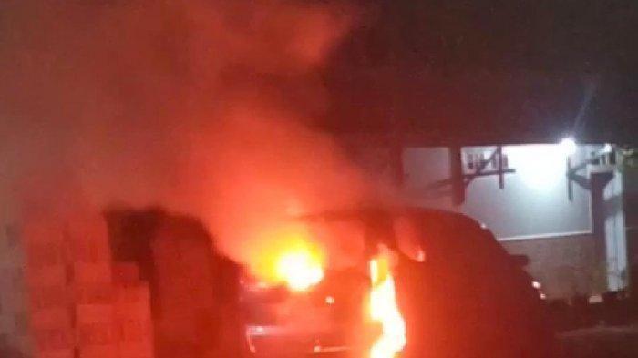 Misteri Kematian Kerabat Presiden Jokowi, Terbakar di Dalam Mobil dengan Tangan Terikat