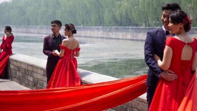 Virus corona: Setidaknya 85 juta warga China lakukan perjalanan wisata menyusul pelonggaran lockdown - BBC News Indonesia