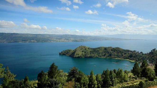 Wisata Danau Toba dan Sekitarnya dengan Keindahan Alam yang Memesona - Hot Liputan6.com