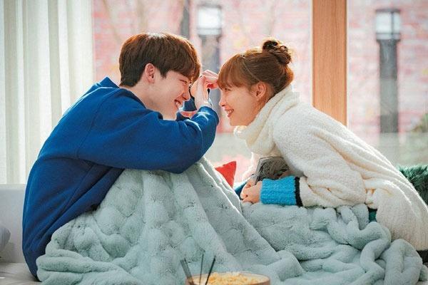 7 Drama Korea Romantis Dengan Pasangan Paling Serasi yang Bikin Baper - Womantalk
