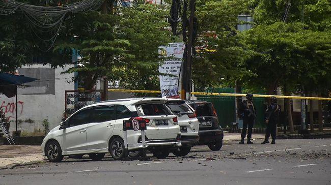 Detik-detik Ledakan depan Gereja Katedral Makassar Versi Pastor - Nusa Daily