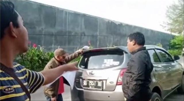 Ketika Debt Collector Seenak Jidat Mau Sita Mobil Padahal Sudah Lunas (1)