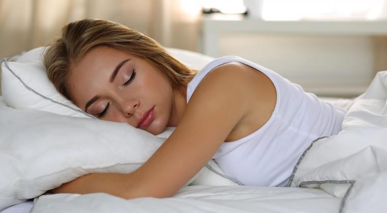 12 Bahaya Kesehatan Mengintai Ketika Tidur Tengkurap – SultraKini.com