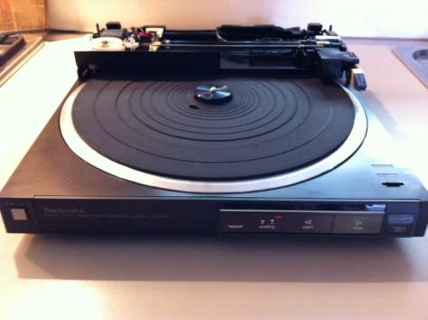 20131127-200308 Technics SL-Q5 Turntable - Linear Tracking on the Cheap!
