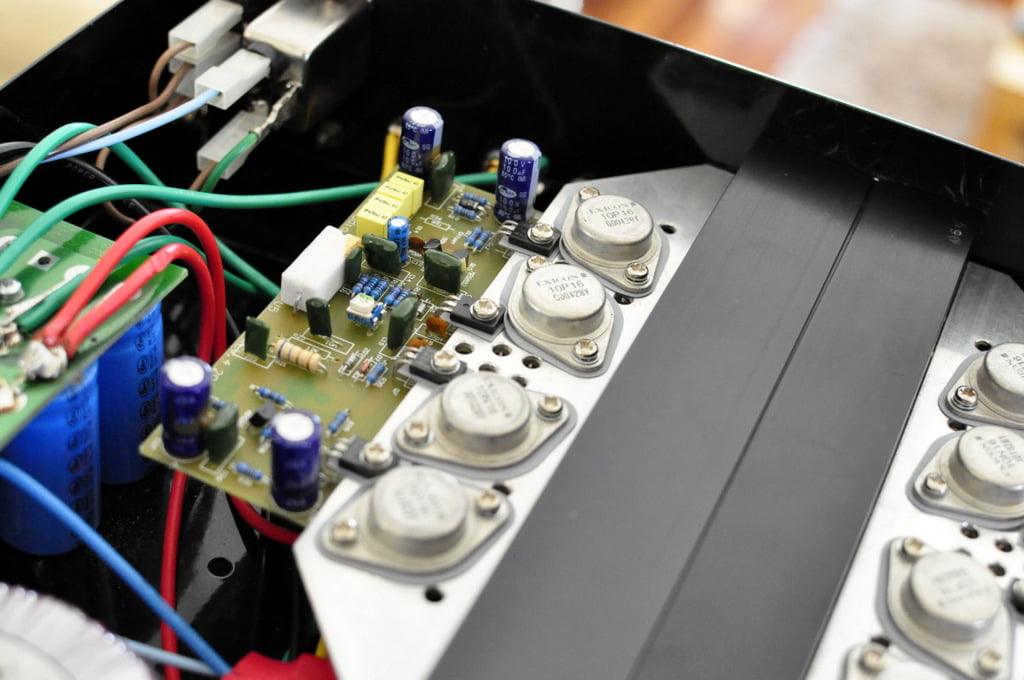 The Redgum RGi120 Integrated Amplifier - Australian Quality? You