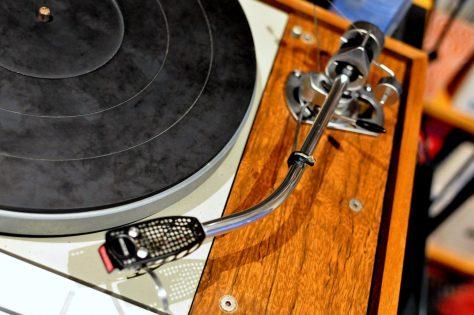 DSC6214-1024x680 Thorens TD-125 Turntable Repair & Restoration
